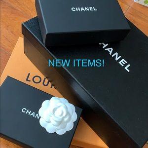 Chanel , Louis Vuitton, Gucci